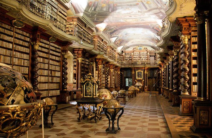 Clementinum_library